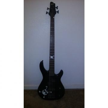 Custom Fender Squier 2003 Black /White skull