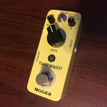 Custom Mooer Funky Monkey