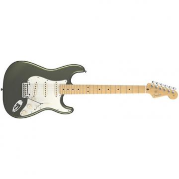 Custom Fender American Standard Stratocaster® Maple Fingerboard Jade Pearl Metallic