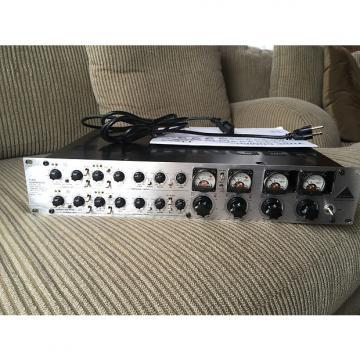Custom Behringer T1952 Tube Composer