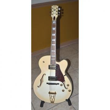 Custom Soft Crust Doughboy Guitar 75th Anniversary 2006 cream Burst