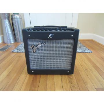 Custom Free Shipping! Fender Mustang I v.2 1x8 20W Modeling Combo Guitar Amp | Very Clean!  Sounds Great!