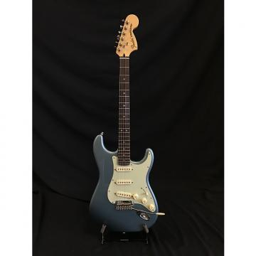 Custom Fender Deluxe Roadhouse Stratocaster Mystic Ice Blue