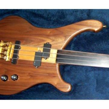 Project Rickenbacker 4004 Cheyenne with MEC pickups Bass
