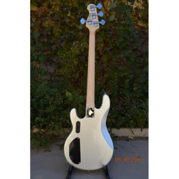 Custom Shop Music Man Sting Ray 4 String Bass 9 V Battery Passive Pickups