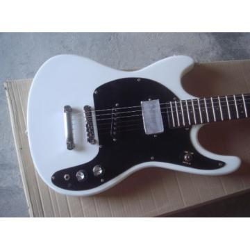 Custom Shop Mosrite 1965 Adventure Electric Guitar White