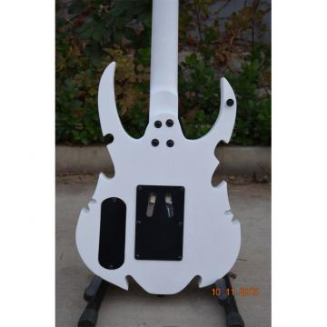 Custom Shop 6 String Hand Crafted Dragon Carved White Electric Guitar Carvings