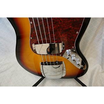 Bass guitar, 5 string, Unque