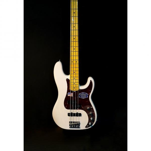 Custom Fender American Deluxe Precision Bass White Blonde