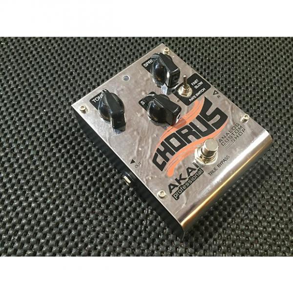 Custom Akai Professional Analog Custom Shop Analog Chorus Guitar Effects Pedal    Silver good cheap chorus