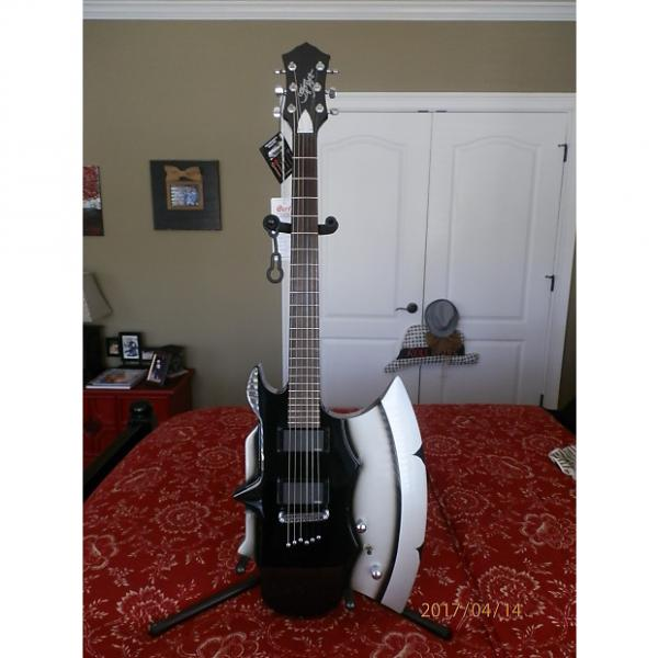 Custom Cort GS-Axe_2 LTD Gene Simmons Guitar w/ EMG PU's. Only 50 Made 2013 Black/SIlver