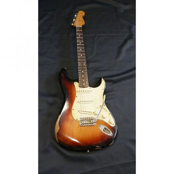 Custom Fender Road Worn 60's Strat Electric Guitar Sunburst 2008/09