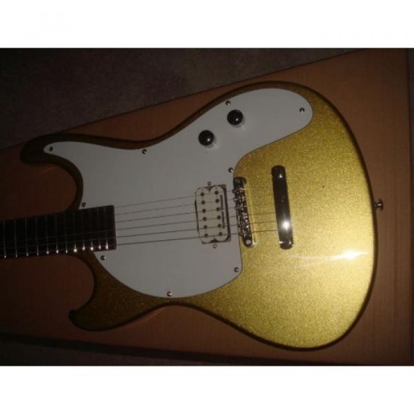 Custom Shop Mosrite 1965 Adventure Electric Guitar Gold