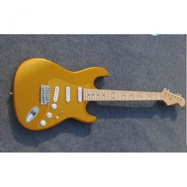 Custom American Stratocaster Gold Electric Guitar