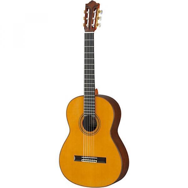 Yamaha GC82 Handcrafted Classical Guitar Cedar