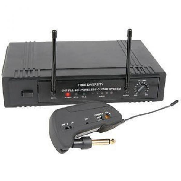 Z1P - 4-CHANNEL UHF TRUE DIVERSITY WIRELESS GUITAR SYSTEM