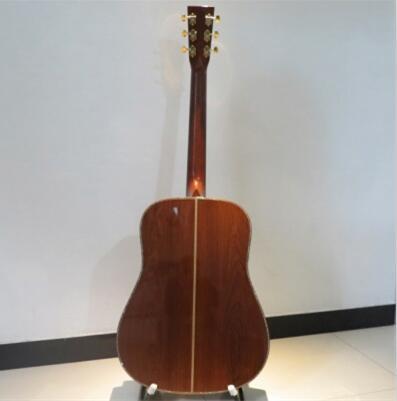 Au-delà de la guitare Martin D45, la meilleure des évaluations du martin custom shop et beaucoup de belles images