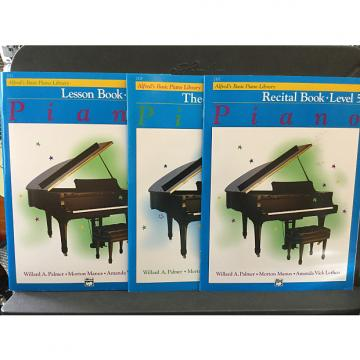 Custom Alfred's Basic Piano. Library Level 5 - Lesson