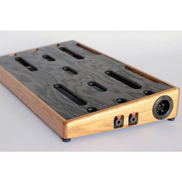 Custom GroundSwell Pedalboard (24x13)- Ash. In-stock