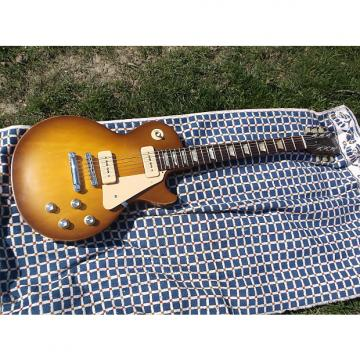 Custom Gibson  Les Paul 60's tribute 2011 Honeyburst w/case!