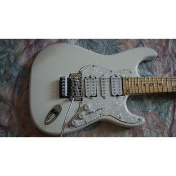 Custom Shop Richie Sambora American Fender White Floyd Rose Tremolo Electric Guitar 24 Frets