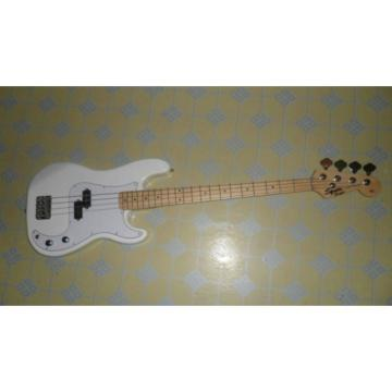 Custom Shop Squire White Fender Guitar
