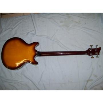 Bass guitar, semi hollow body, 4 string