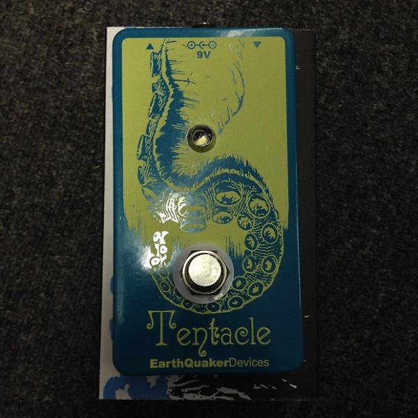 Custom EarthQuaker Devices Tentacle Analog Octave Up Guitar Effects Pedal Sales Floor Model