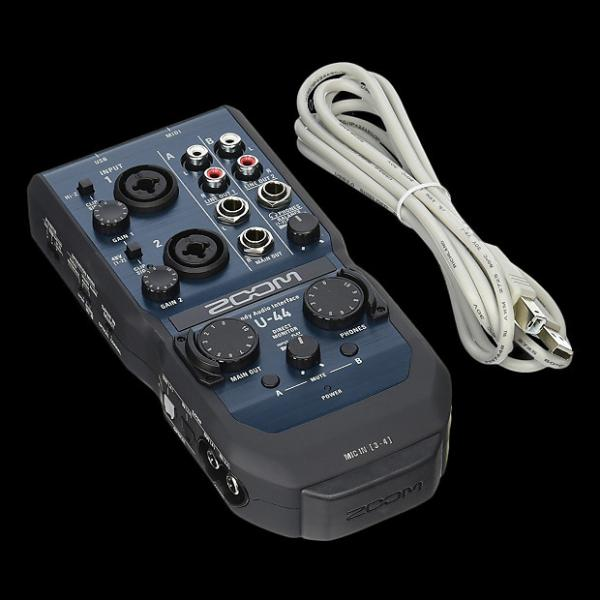 Custom Zoom U-44-Channel Audio Interface - Repack with 6 Month Alto Music Warranty
