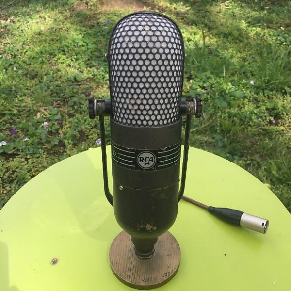 Custom RCA 77DX Ribbon Microphone with desk stand
