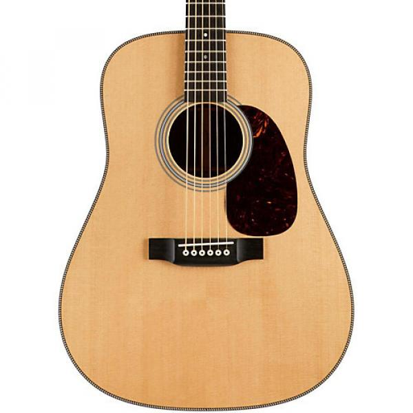 Martin Custom HD-28 VTS Dreadnought Acoustic Guitar Natural